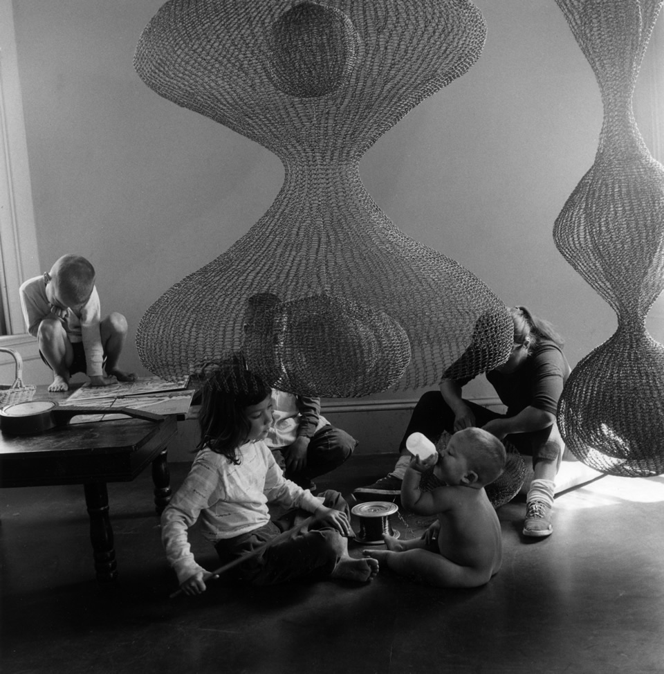 Ruth Asawa, Sculptor and Her Children, 1958