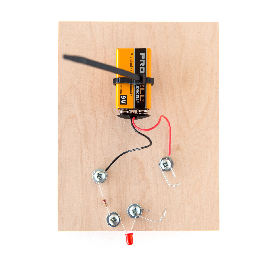 Modulated Led Physics Perception Science Activity Exploratorium Wiring 9 Volt Batteries In Series Connect The Battery To Holder Screw Cable Tie Board As Shown Photo Below Then Tighten Around