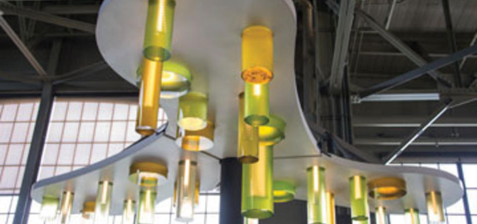 Algae Chandelier. Image by Gayle Laird © Exploratorium, All rights reserved