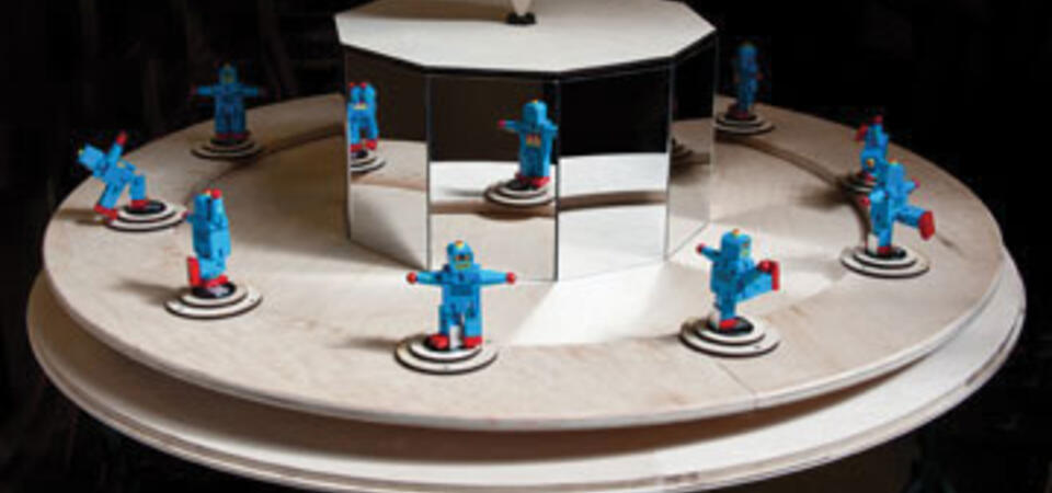 Robot Dance. Image by Gayle Laird © Exploratorium, All rights reserved