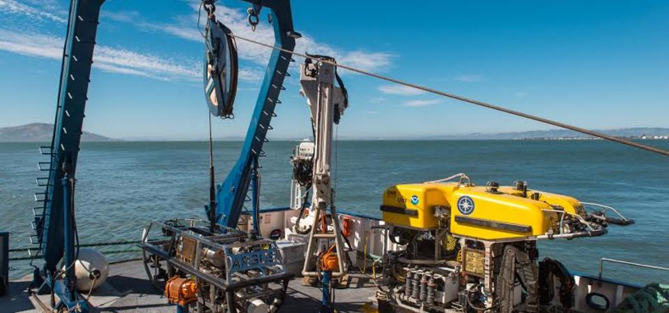 Remotely-operated vehicles (ROVs) Aargus and Hercules are often used in tandem. When they are in the water, Hercules is tethered to Aargus. (Photo: Gayle Laird/Exploratorium)