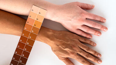 Science activity to explore variations in skin color and tone