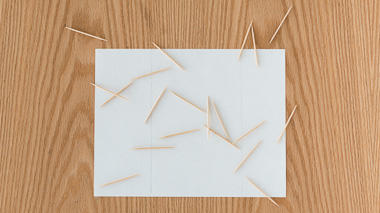 Science activity to estimate pi with the random tossing of toothpicks