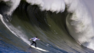 Waves of Data for Maverick's Surf Competition