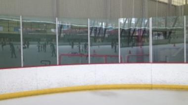 Self excluding mirror at the ice rink
