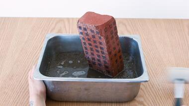 This Snack models ground failure in a phenomenon called liquefaction. See what happens when you shake up structures,...